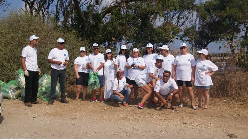 In cooperation with the Council for a Beautiful Israel - Dor group cleaned up the beach in Atlit!